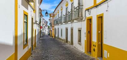 Streets of Évora