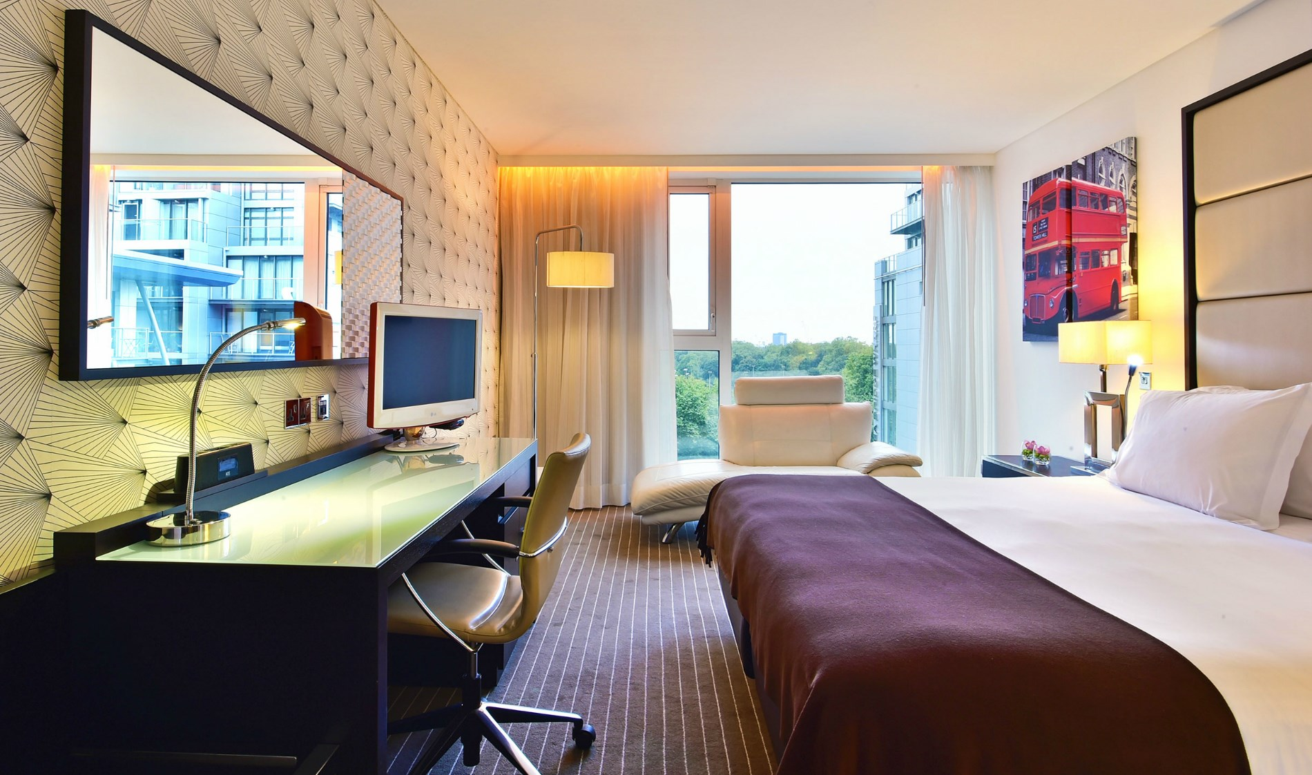 Luxury Hotel in London Room Deluxe