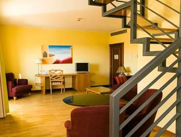 Deluxe Suite Mezzanine
