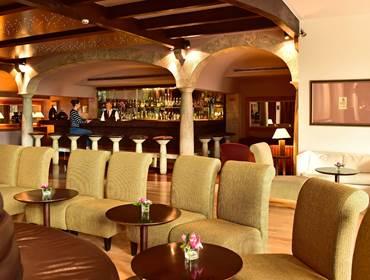 Taverna Bar