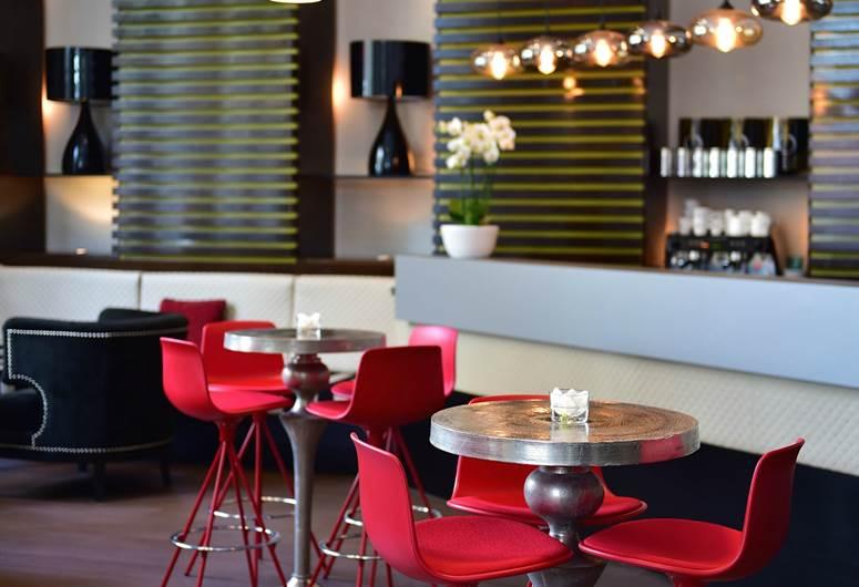 Restaurant in Boutique Hotel in Barcelona!