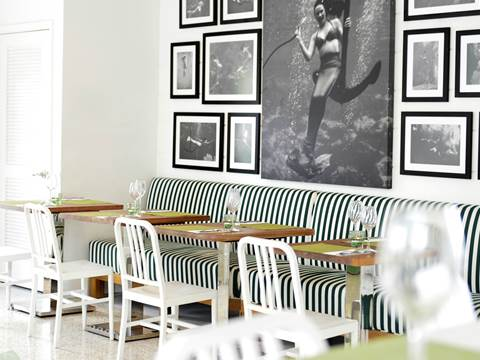 MERMAID CAFÉ & BISTRO RESTAURANT