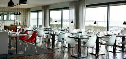 luxury-hotel-cascais-pool-restaurant-maris-stella