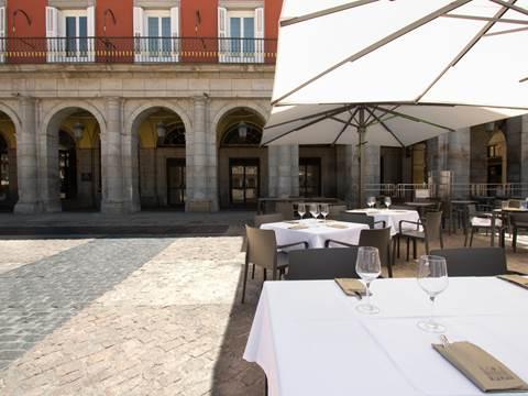 plaza-mayor-cafe-fachada.jpg